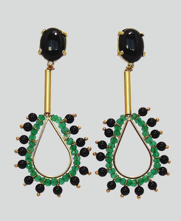 4c771db90107e Brincos banhados a ouro com Ônix negro e verde